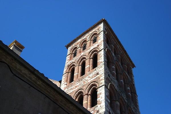 cahors vieille ville église