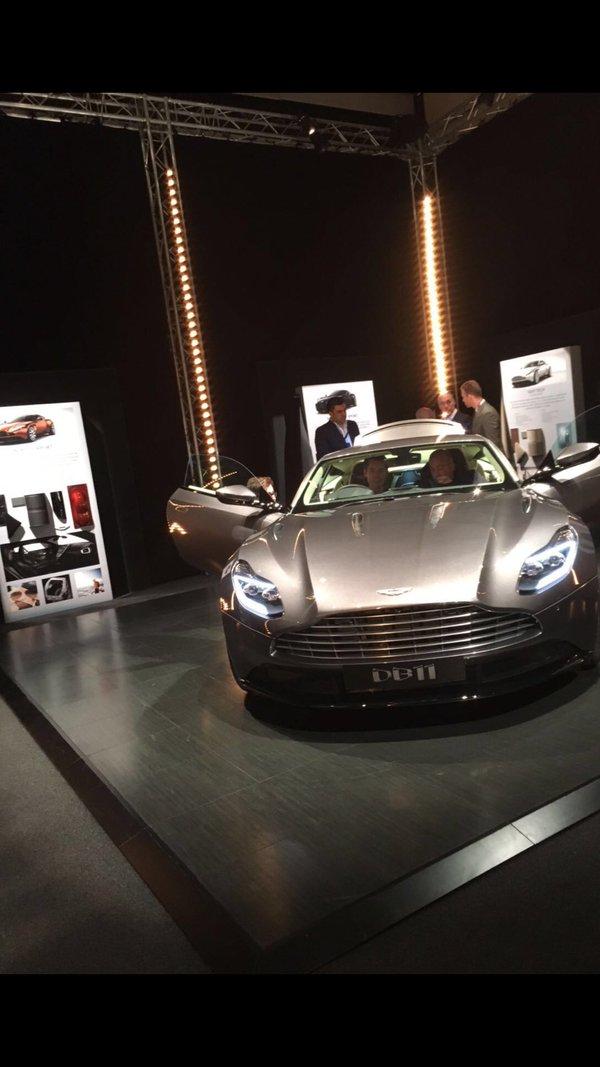Rò rỉ hình ảnh chính thức siêu phẩm Aston Martin DB11