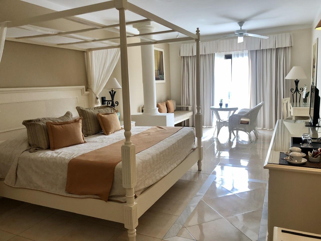 Bahia Principe Aquamarine Room Reivew