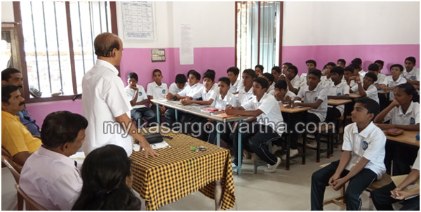 Students Police Cadet, Child Line, Kookkanam Rahman, Awareness class conducted for SPC members