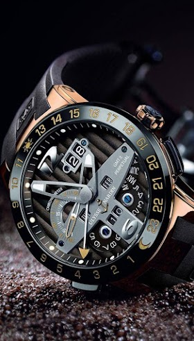 4D Watch