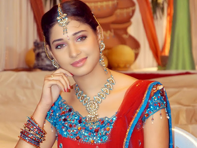 Tamanna Bhatia HD Wallpapers Free Download