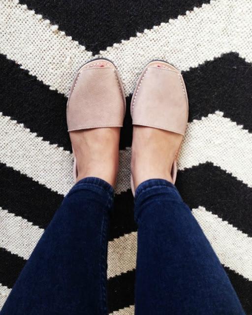 Sành điệu cùng xăng đan lai giày cực chất