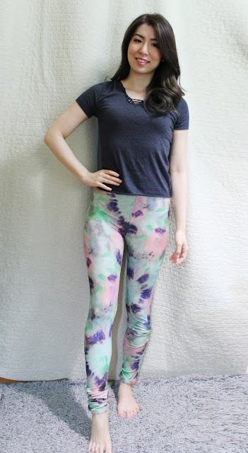chaosmatic clothing review, chaosmatic clothing etsy, chaosmatic clothing blog review, chaosmatic clothing shop, chaosmatic clothing customized, customised leggings, chaosmatic clothing