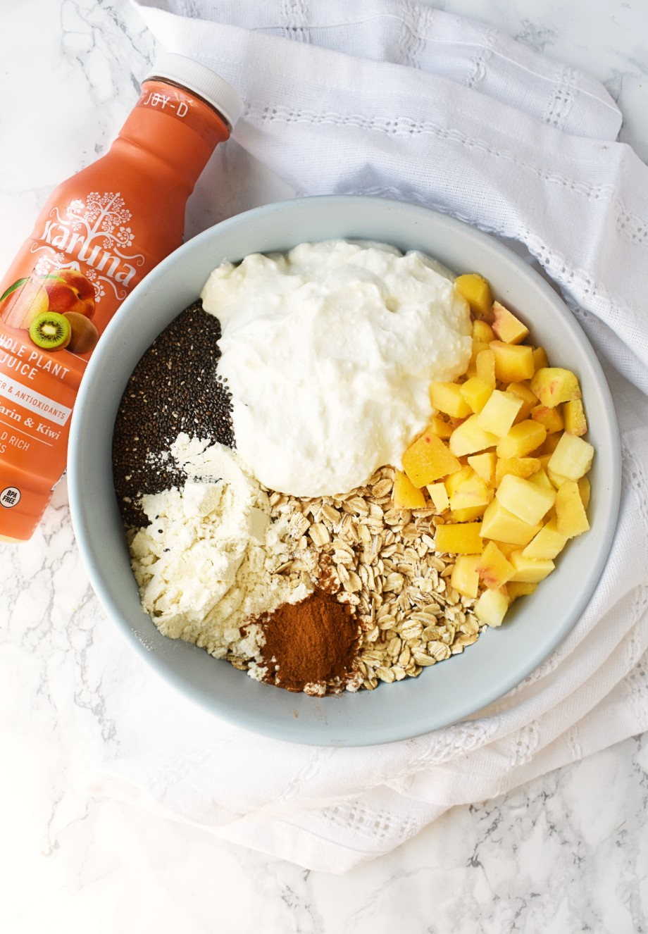 Ingredients for Peaches and Cream Overnight Oats