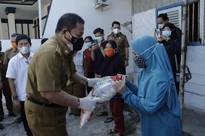 KPM dan PKH Terima Program Stimulus  Bantuan Sosial Berupa Beras dari Pemprov Lampung