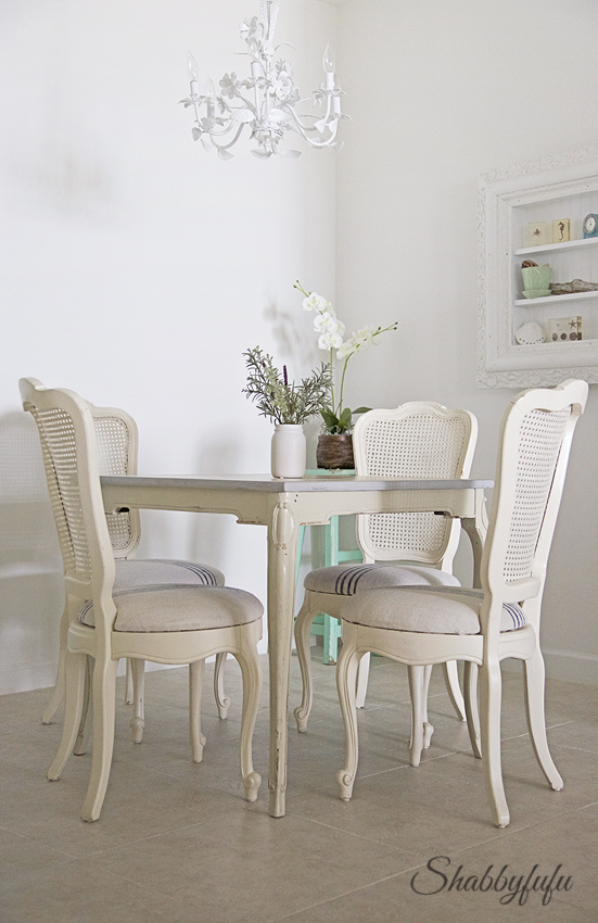 french breakfast room furniture
