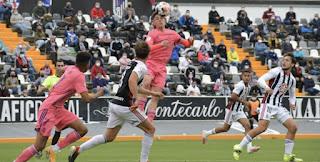 Se alejan los Play-Offs. C.D. Badajoz 2-0 Real Madrid Castilla.