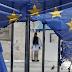 Ευρωβαρόμετρο 2016: Άσχημα τα μαντάτα για πολιτικάντηδες, νταβατζήδες και ευρωλιγούρηδες - Άρθρο του Ν. Γ. Μιχαλολιάκου