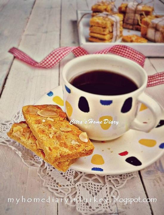 Jan Hagel koekjes / Dutch spicy almond cookies / Resep Kue kering Klasik Jan Hagel | Çitra's Home Diary