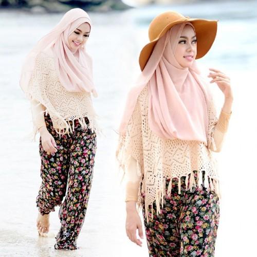 Padu Padan Outfit Celana Hareem atau Aladin Ke Pantai Untuk Hijabers - UJE MEMORY
