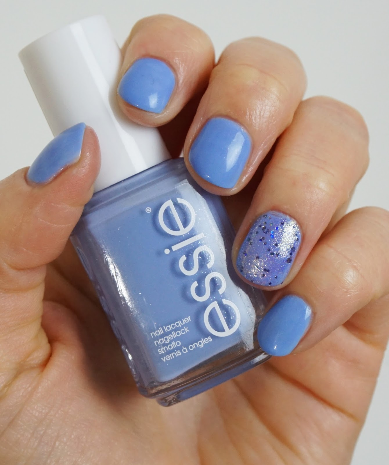 Essie - bikini so teeny Nagellack
