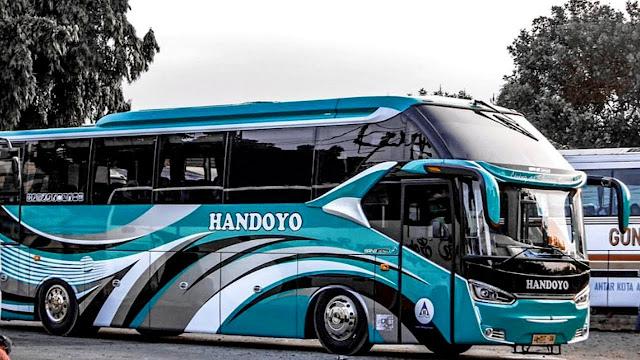 Bus Handoyo Jurusan Kertosono - Banjarnegara