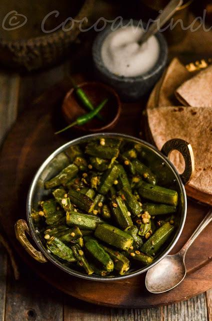 Dhyarosh er Sobji: Bengali style stir fried Okra