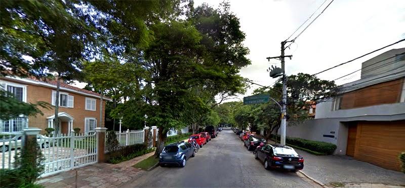 Jardim Europa em São Paulo | Rua arboriza e áreas verdes nas calçadas