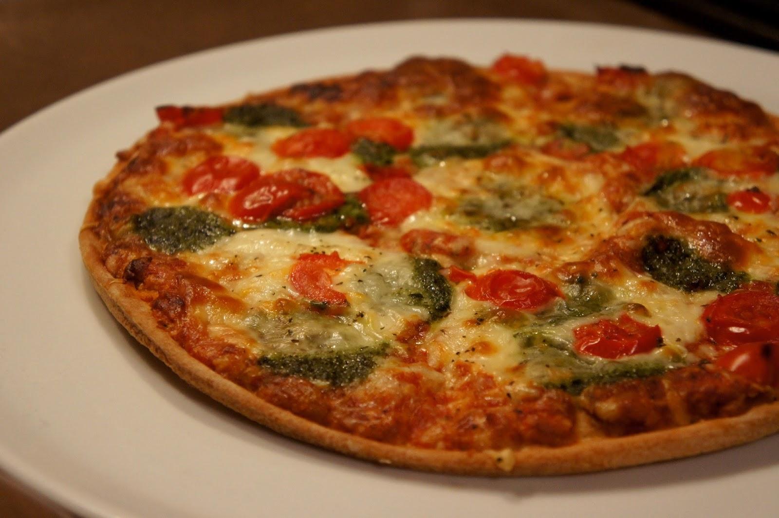 glutenfreie ristorante pizza von dr oetker ein. Black Bedroom Furniture Sets. Home Design Ideas