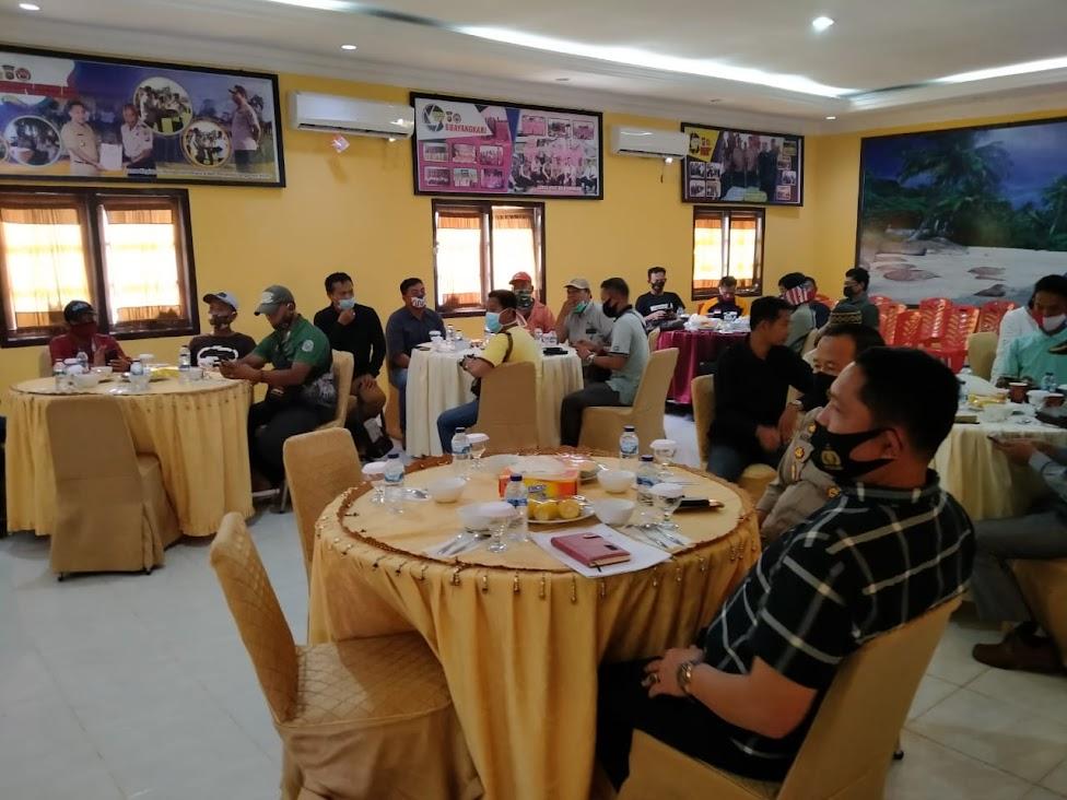 Wujudkan Pilkada Damai, Kapolres Coffee Morning dengan Awak Media Tanjabtim