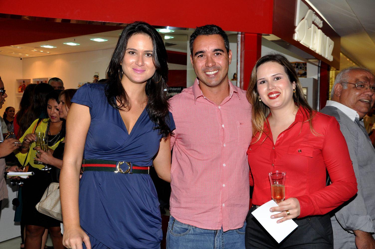 Leila Diniz, Fábio Siqueira, representante da marca Country e Aline Diniz d7354fb8a2