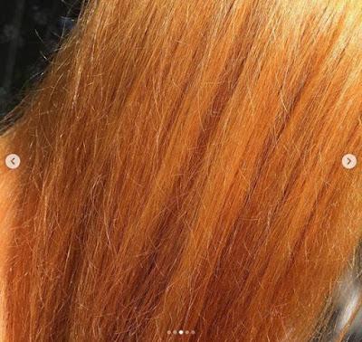 Garnier 100% Ultra Blond Décolorant Soin Nutritif déjaunissant. Jusqu'à 8 niveaux d'éclaircissement. Mes cheveux après la 1ère décoloration, ils sont roux flamboyants