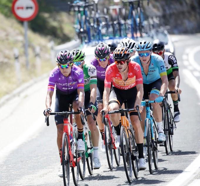 Juan Felipe Osorio y Jetse Bol se metieron en la escapada buena camino de Picón Blanco
