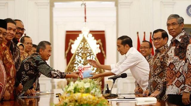 Langgar UU dan UUD '45, Jokowi Bisa Tak Dilantik Bila Meresmikan Anggota BPK 2019-2024