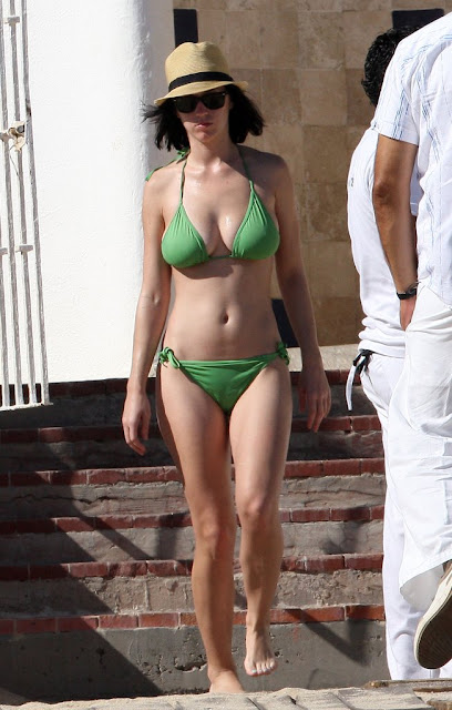 Katy Perry Hot Pics and Bio
