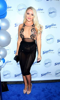 Alexis-Monroe-wearing-a-see-through-outfit-at-the-Sapphire-Times-Square-in-LA-f7dh4x4b2v.jpg