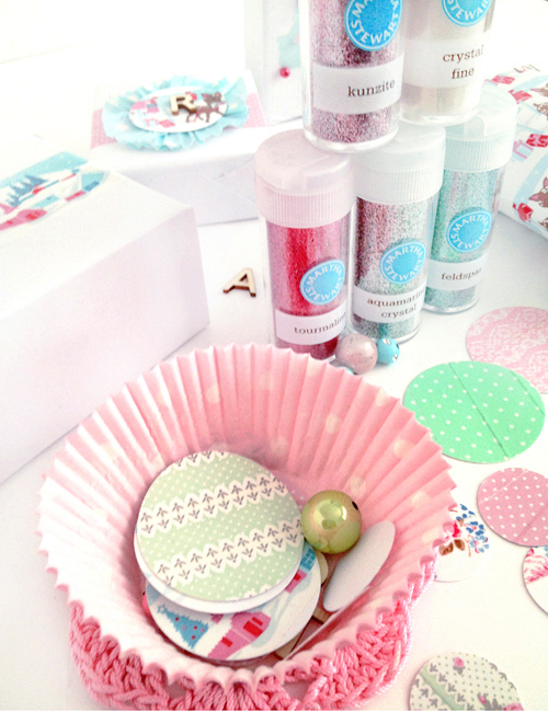 Martha+Stewart+Glitter+and+washi+tape+labels+for+gift+wrapping Greengate Washi Tape Christmas Gift Wrap Boxes and Toilet Roll Pillow Box DIY