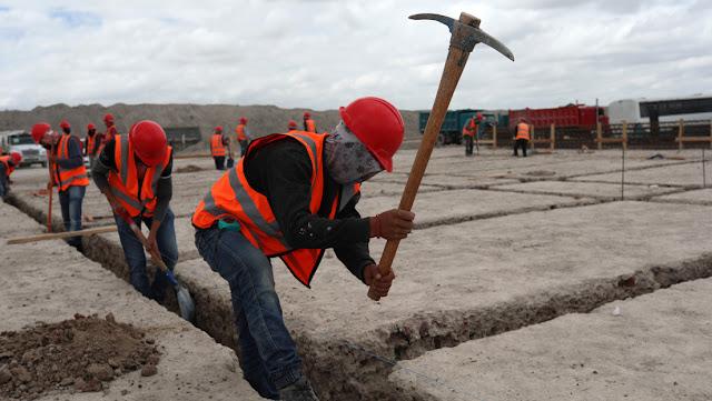 México anuncia una reforma de ley para garantizar las pensiones a 82 % de los trabajadores