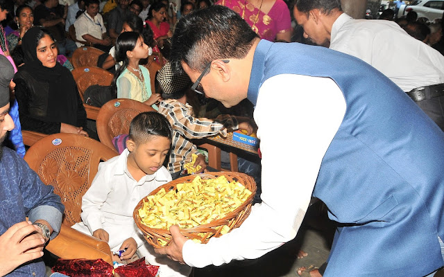 Dr. Aneel Murarka  celebrating Diwali with Kids