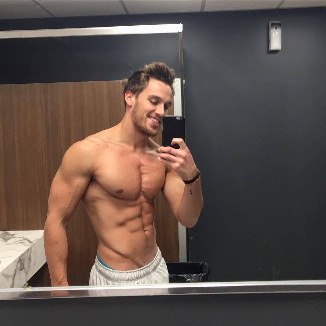 cute-muscular-shirtless-college-guys-smiling-selfie