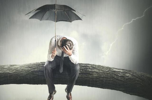 Salah satu gangguan mental terbesar yang dialami orang-orang modern di abad ini adalah depresi