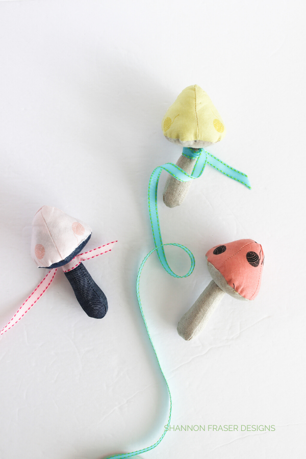 Mushroom Catnip Toys | Patchwork Gifts Book Tour | Shannon Fraser Designs #diy #catnip #cattoy #sewing