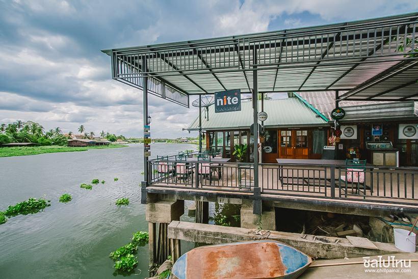 ผลการค้นหารูปภาพสำหรับ River hut restaurant