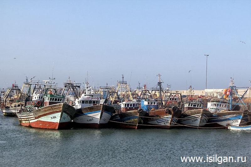 Порт. Город Эссуэйра (Essaouira). Марокко