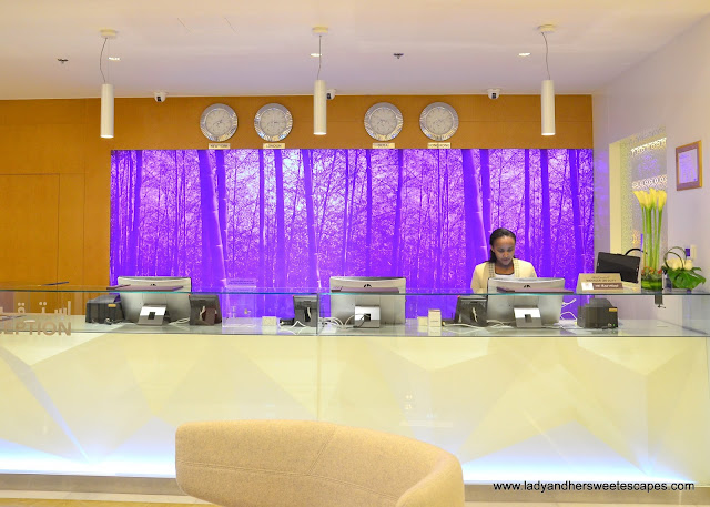 Royal Continental Hotels Dubai reception