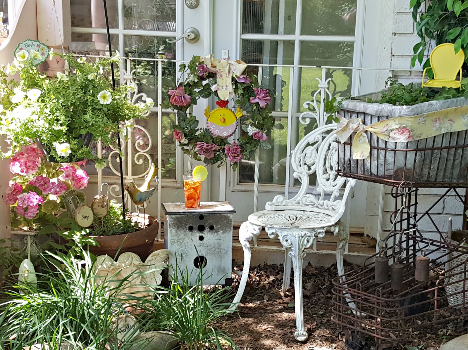 pictures of vintage herb gardens | Penny's Vintage Home: Herb Garden