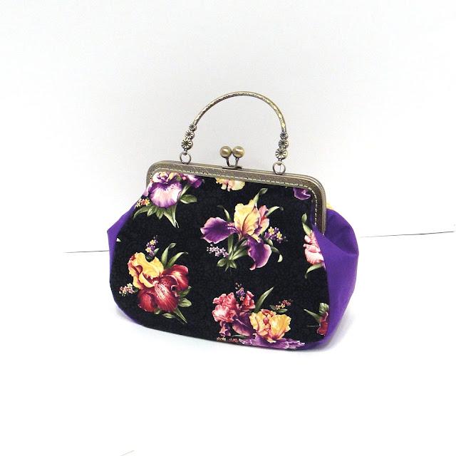 Черная сумка с цветами Ирисы, летняя сумка для девушки