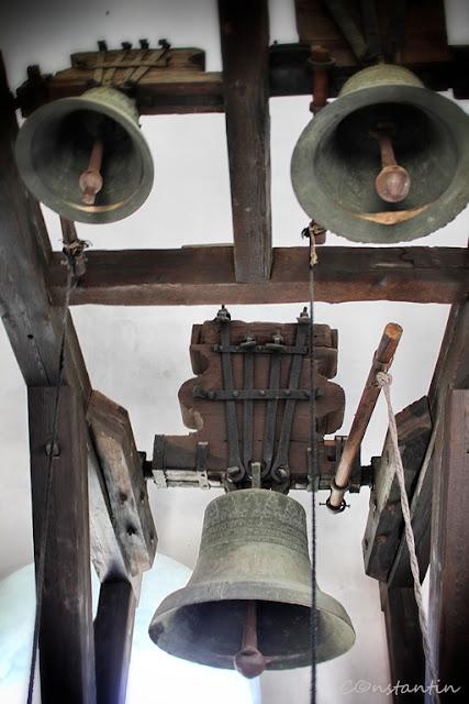Golia - Clopotele din turnul de la intrare - blog FOTO-IDEEA