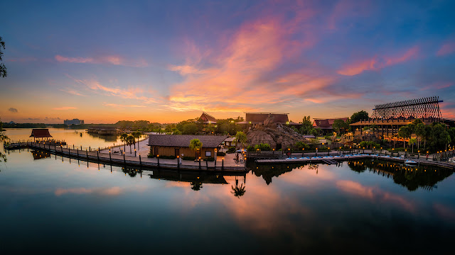 Located near Magic Kingdom park, Orlando, Disney's Polynesian Village Resort is a Disney Deluxe Resort hotel with beaches, pools and exciting dining options.
