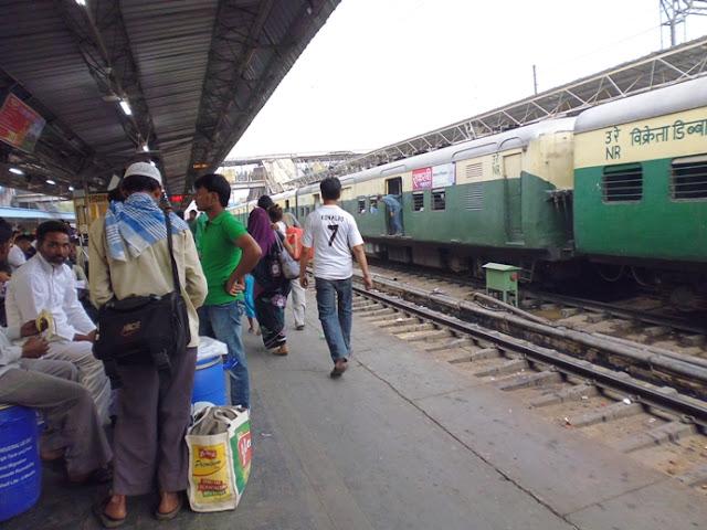 Stasiun Nizamuddin