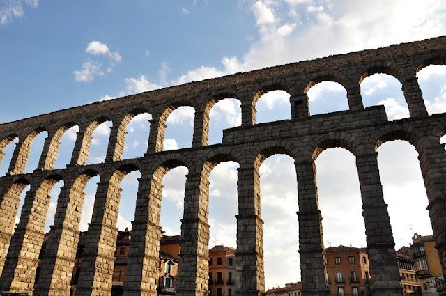 Aqueduto de Segóvia na Espanha