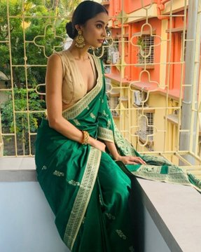 Indian Model Latest Hot Stills In Saree Actress Trend