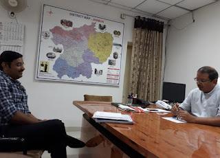 उप निर्वाचन के लिये नियुक्त व्यय प्रेक्षक श्री कदम पहुंचे झाबुआ