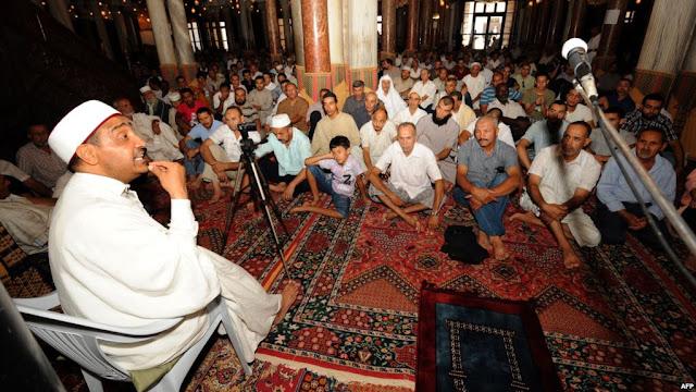 أمر حكومي: إحداث منحة شهرية خاصة للوعاظ ومرشدي الشؤون الدينية