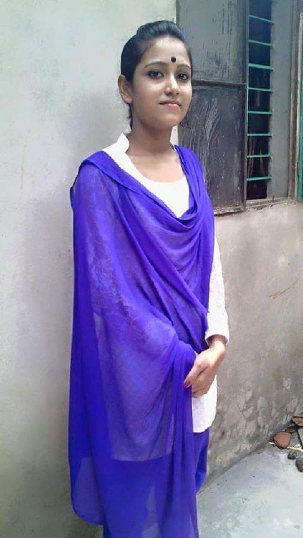 Bangladeshi Open Girl Photo