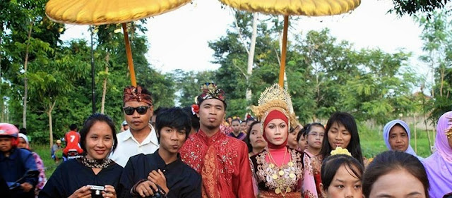 The Romantic Tradition of Marrying Kidnappers Lombok Sasak Ala