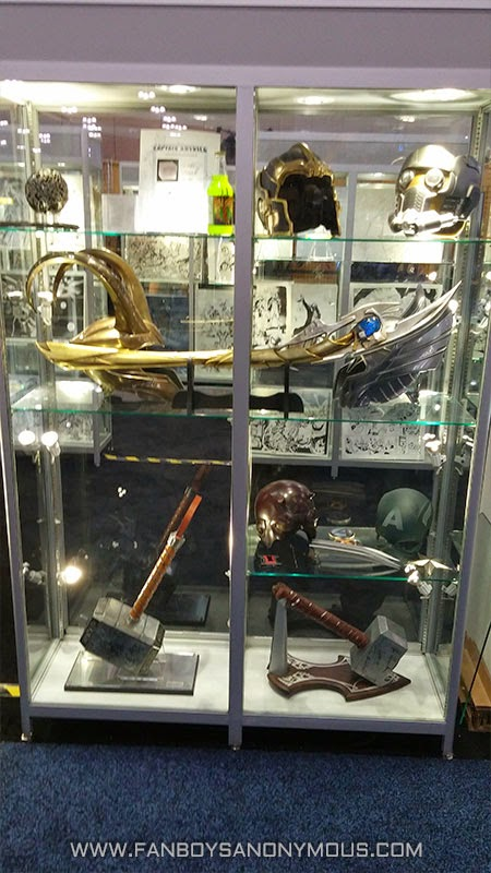 Loki Scepter Mjolnir Marvel weapons