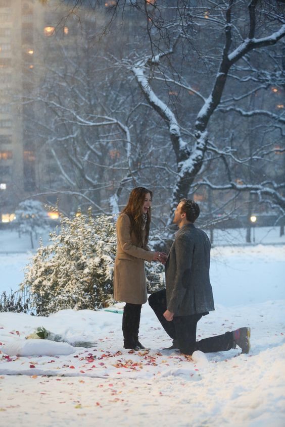 Winter Romantic Time to Propose-2