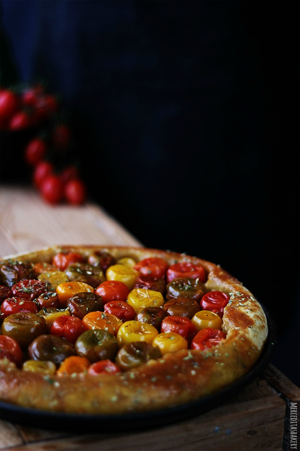 Tarta Tatin ahumada de tomates cherry de Merceditasbakery.blogspot.com.es